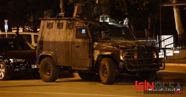 Adana'da Komiserin Yüzüne Molotof Attılar