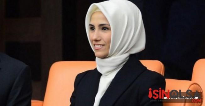 Sümeyye Erdoğan ve Selçuk Bayraktar ile nişanlandı.