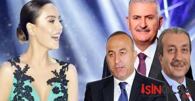 Ebru Gündeş'i Gören Bakanlar Düğünü Terk Etti