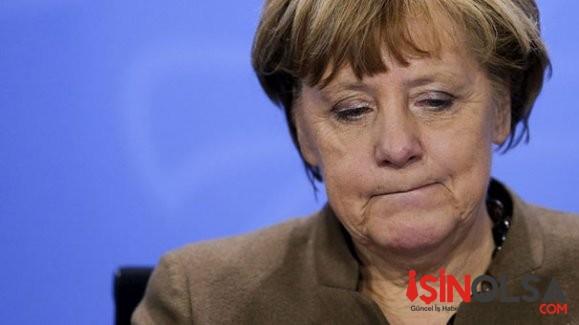 Merkel'e Kesik Başlı Domuz
