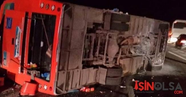 Tır'la Otobüs Çarpıştı 22 Yaralı