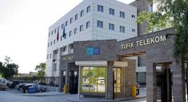 Türk Telekom Bünyesine En Az Üniversite Mezunu Personel Alımı