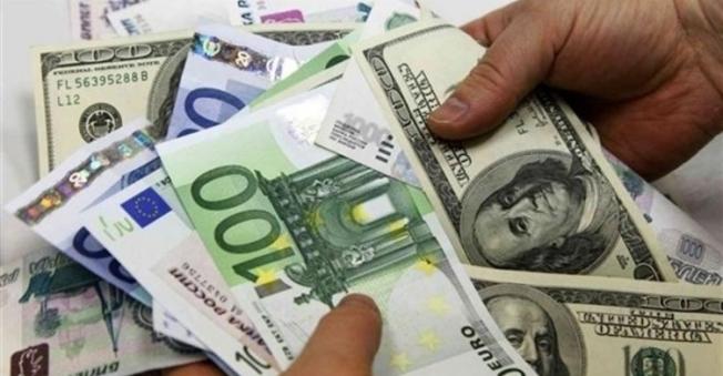 3 Ocak Dolar-Euro Gelişmeleri