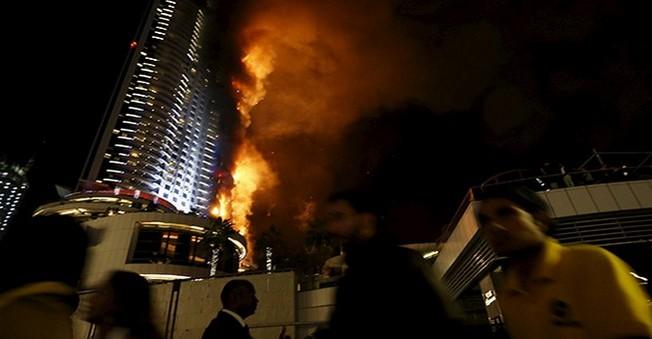 63 Katlı Otelde Çıkan Yangın Yılbaşı Gecesini Zehir Etti!