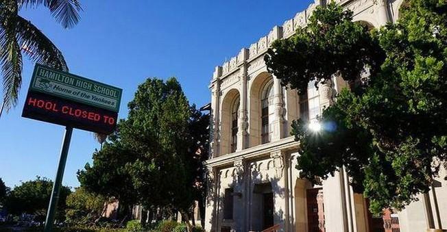 ABD'nin Los Angeles kentindeki tüm okullar, tatil edildi
