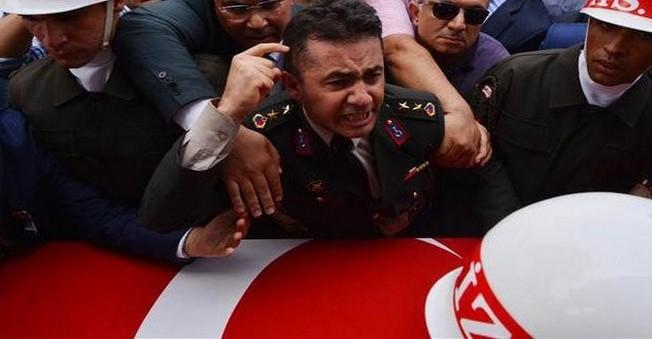 Ahmet Davutoğlu'ndan Yarbay Mehmet Alkan Beyanatı