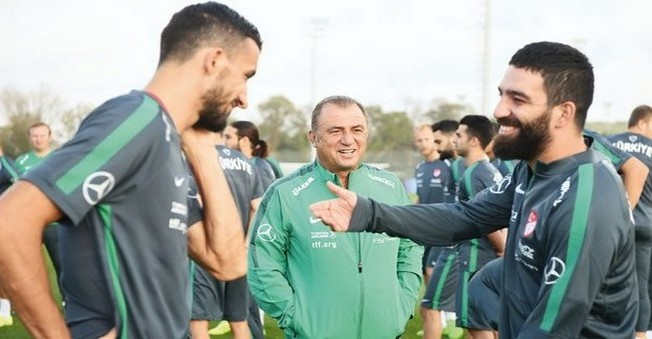 Arda Turan:Galatasaray Umarım Melo'yu Aramaz