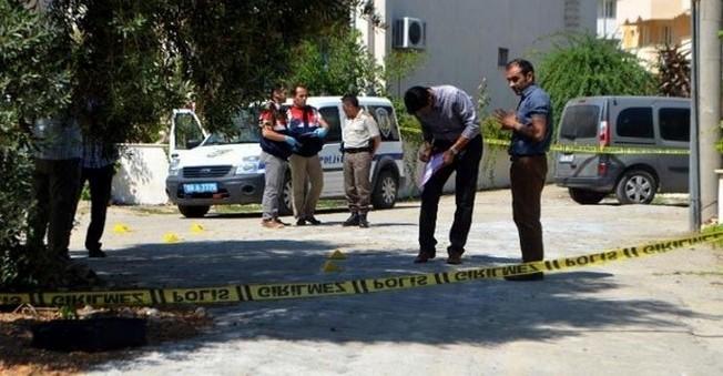 Aydın'da Polise Bıçakla Saldıran Şahıs Vuruldu