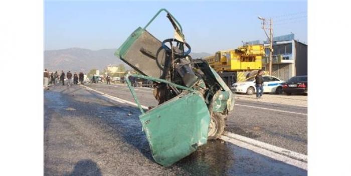 Aydın'da Yaşanan Feci Kaza'da 2 Kişi Hayatını Kaybetti