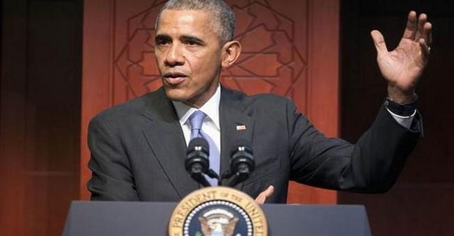 Barack Obama İlk keza Cami'de