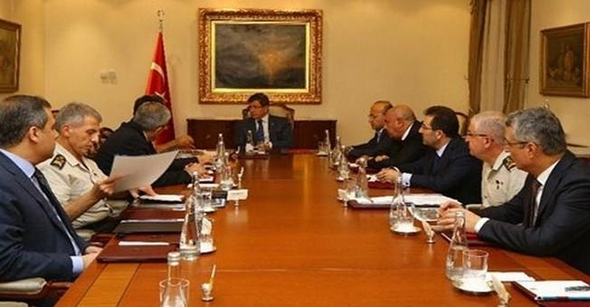 Başbakan Davutoğlu Güvenlik Zirvesini Topladı
