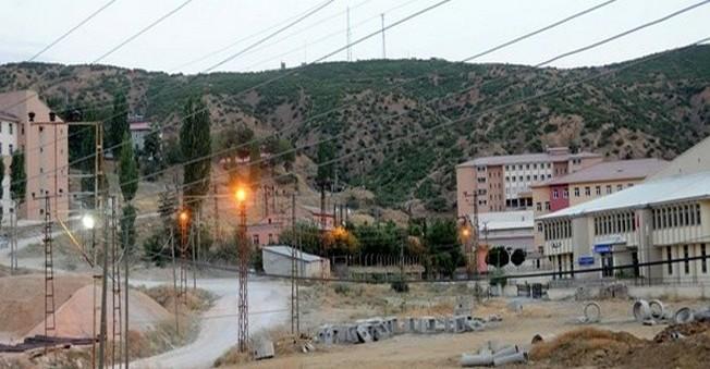 Bitlis'te  Emniyet Binasına Saldırı!1 Asker...
