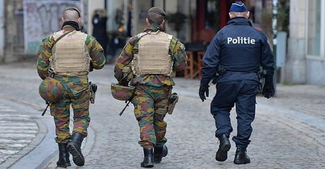 Brüksel'de terör tehdidi seviyesi yükseldi
