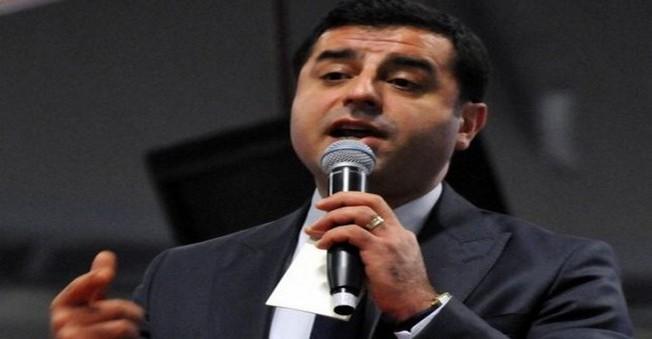 Demirtaş:  'yeni anayasaya' ve 'başkanlık' sistemi hakkında konuştu