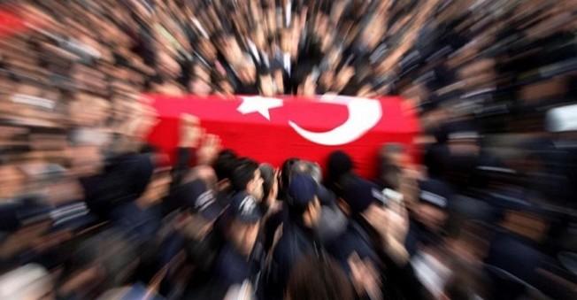 Diyarbakır'da 1 Polis Şehit Oldu