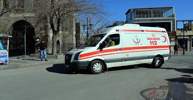 Diyarbakır'da 5 Asker Yaralandı