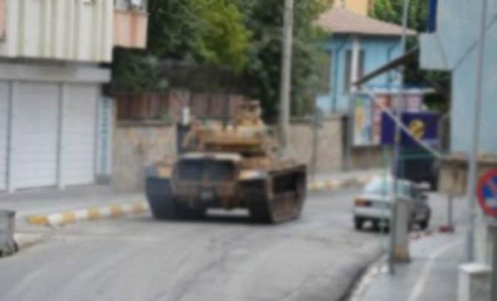 Diyarbakır'da Sokağa Çıkma Yasağı Yeniden Başladı