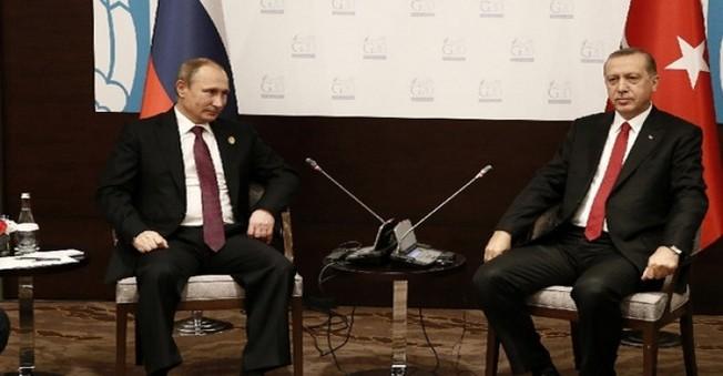Erdoğan, Putin İle İkili Görüşme Yaptı