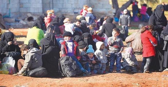 Esed Kuşatıyor Onlar Türkiye'ye Kaçıyor