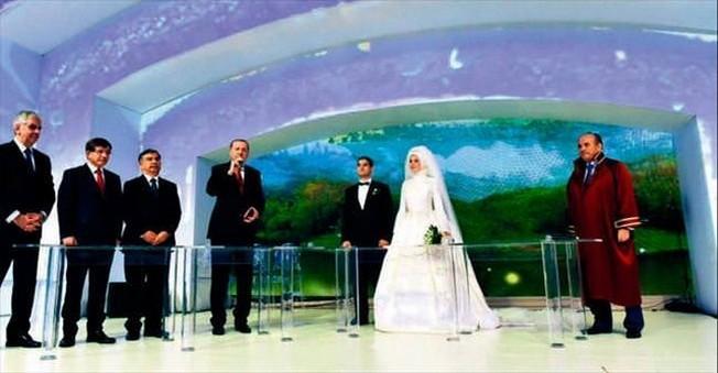 Eski Cumhurbaşkanı Abdullah Gül'ün Oğlu Dünya Evine Girdi!