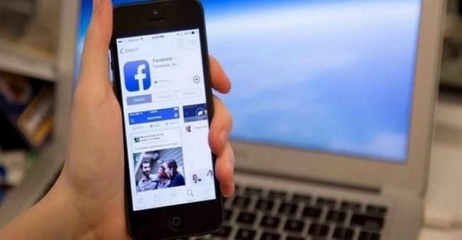 Facebook'tan iOS için Yeni Uygulama