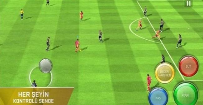 FIFA 16 Ultimate Team'in indirme sorunu çözüldü