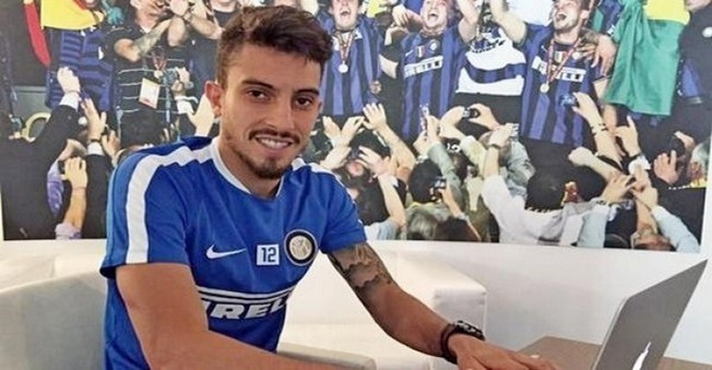 Galatasaray'a ŞOK!İnter'in Alex Telles Transferi Zora Girdi