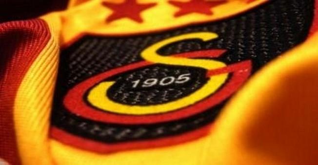 Galatasaray'ın Yanlış Transfer Politikası Taraftarı Çıldırttı