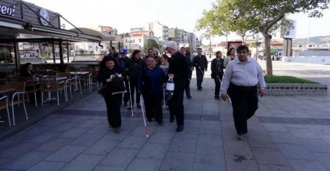 Görme Engellilerden Teröre Beyaz Bastonlu Protesto!