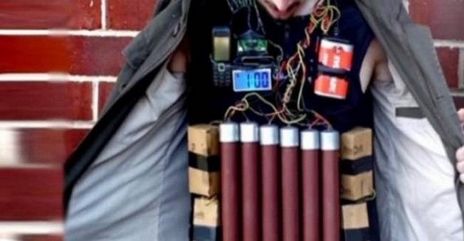 Hakkari'de PKK'lı canlı bomba yakalandı!