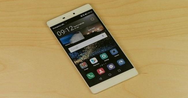 Huawei P9  Çift Kamerasıyla Teknolojiyi Salladı