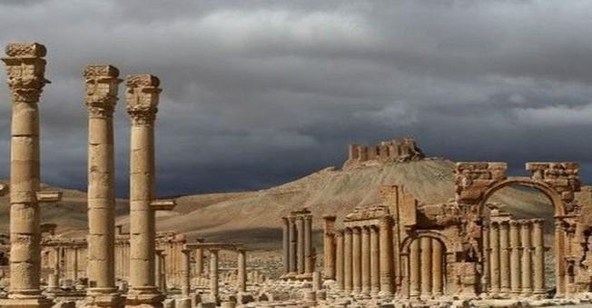 İŞİD 2 Bin YILLIK Tapınağı Havaya Uçurdu!