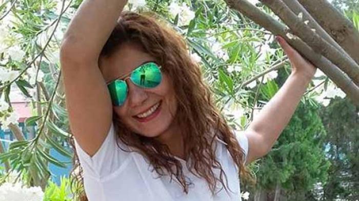 Kadın Otobüs Şoförü  Kendini Darp Eden Nişanlısını Bıçakladı