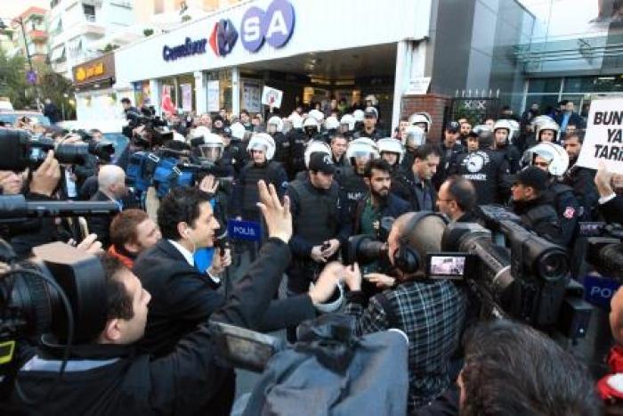Kayyum Koza İpek Medya Grubunun Yayınını Sonlandırdı
