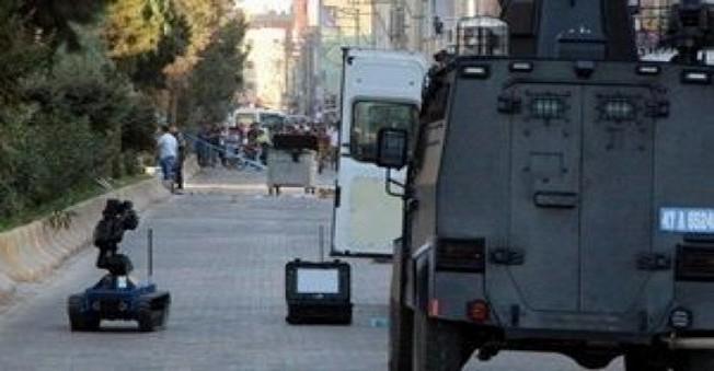 Mardin Nusaybin'de Emniyet Güçleri Ve PKK Militanları Sabaha Kadar Çatıştı
