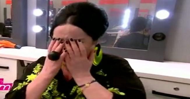 Nur Yerlitaş, stüdyoyu terk etti,kuliste gözyaşlarına boğuldu