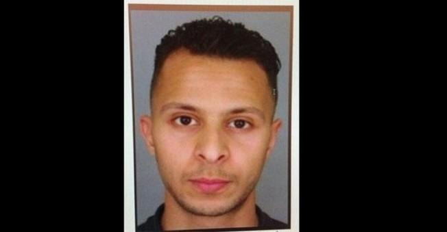 O İŞİD Militanı Fransa'da Her Yerde Aranıyor