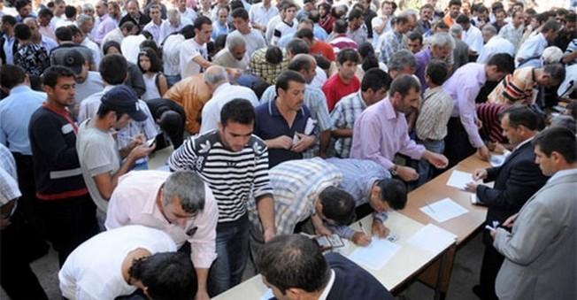 Suriye'li Piyasaya Girdi!işsizlik Maaşı Patlak Verdi!
