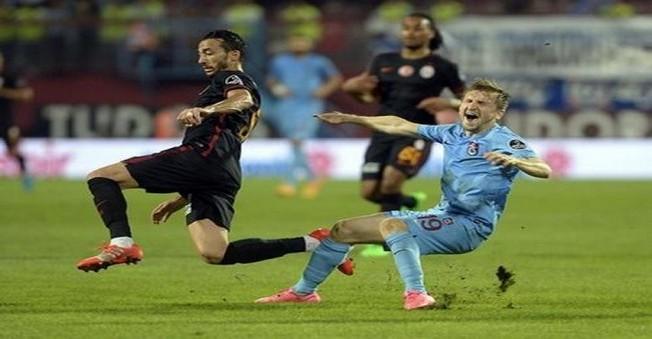 Trabzonspor Kaçırdı Cimbom Attı!