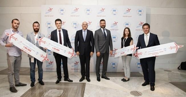 Türk Telekom'un CEO'su 5G Üzerinde Çalışmalara Başladı