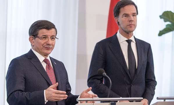 Davutoğlu'dan Mülteci ve Terör Açıklaması